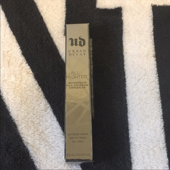 Urban Decay Other - ✨NWT Urban Decay All Nighter Concealer✨